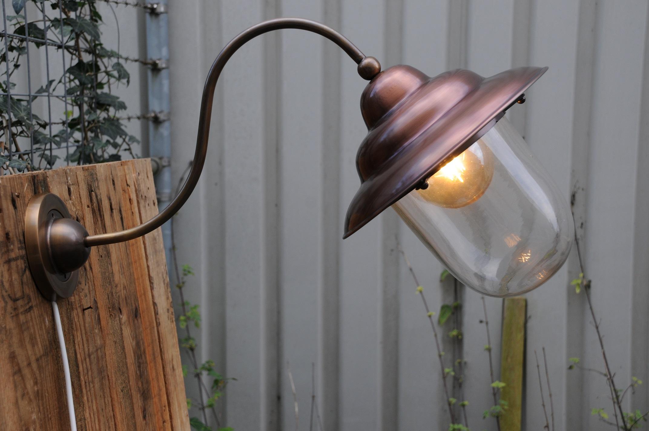 Verbazingwekkend Retro wandlamp, van koper en messing, mooie zware buitenlamp OQ-86