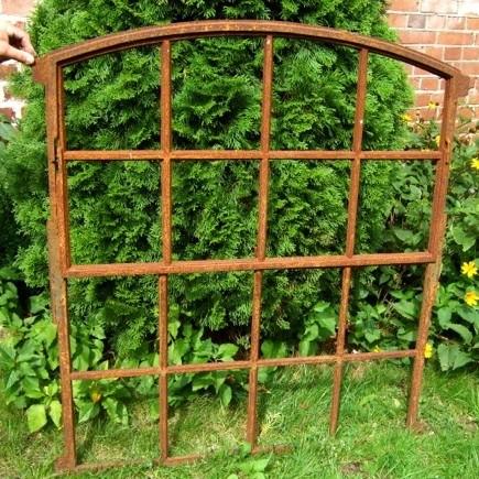 Tags spiegel raam decoratie antiek raam met spiegel ijzer tuinhuisje schuur boerderij - Decoratie tuin exterieur ontwerp ...
