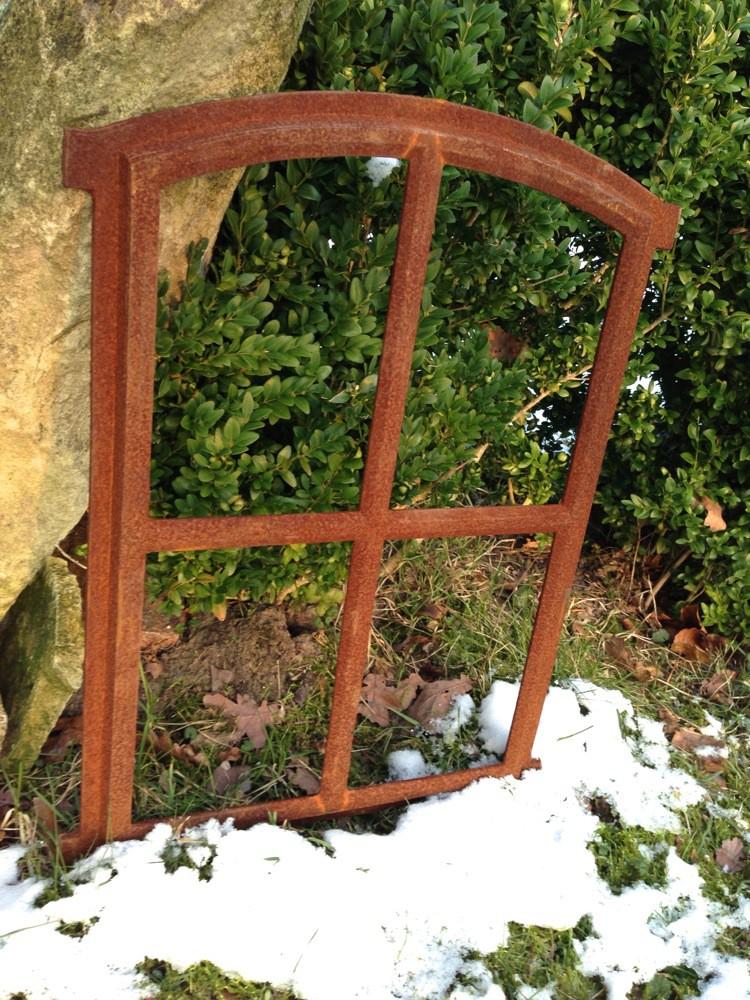 Tags spiegelraam decoratie antiek raam met spiegel ijzer tuinhuis koetshuis boerderij - Decoratie gevel exterieur huis ...