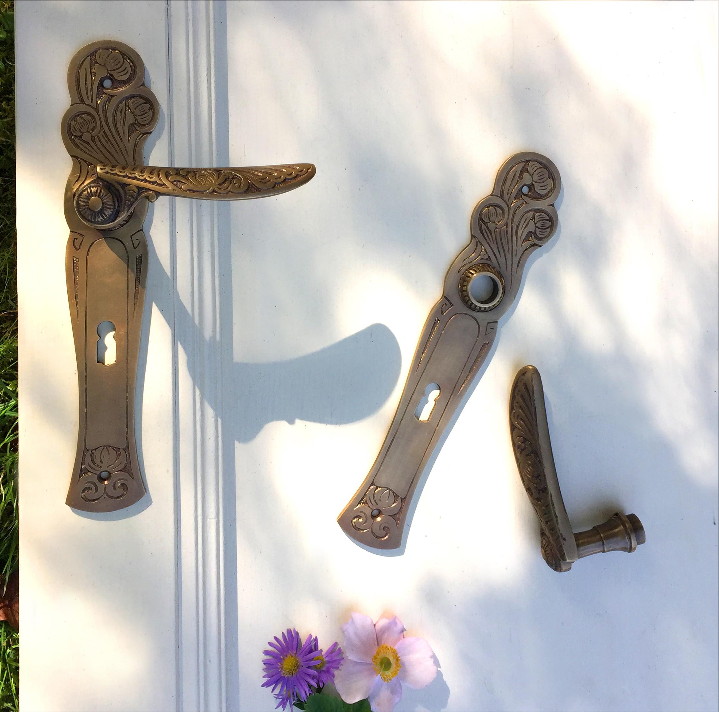 Set deurbeslag voor binnendeuren art nouveau klinken set for Klinken voor binnendeuren