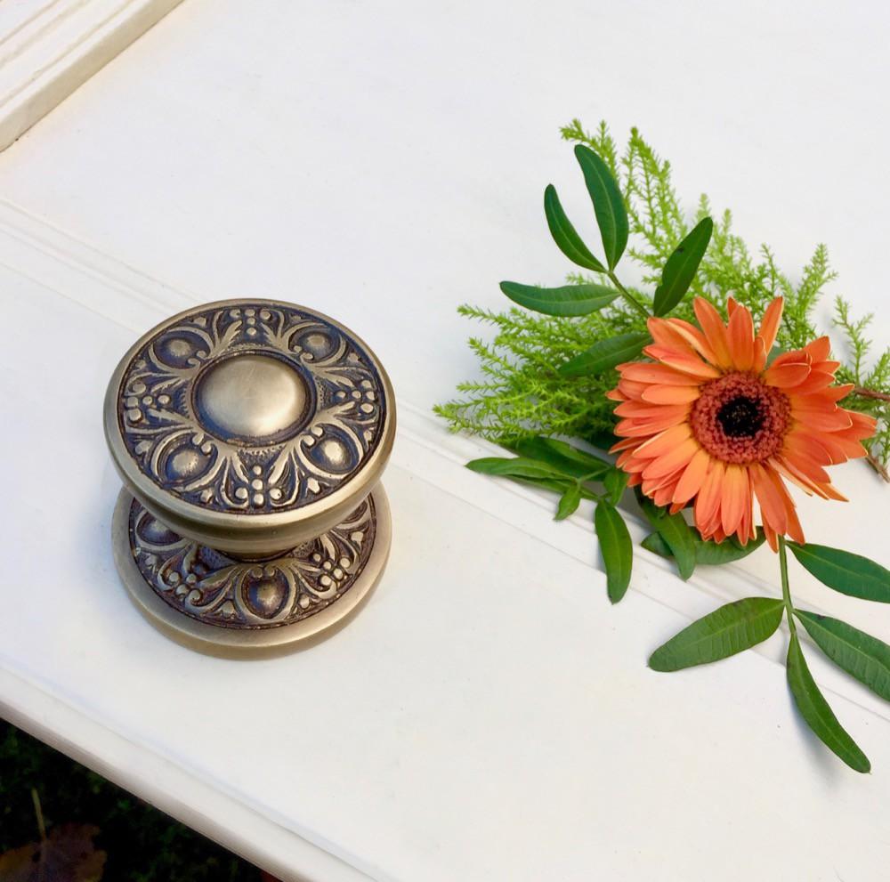 Art Nouveau Meubels Antiek.Messing Deurknop Antiek Wilhelminiaanse Stijl Messing Knop Art Countryclassicdesign Eu